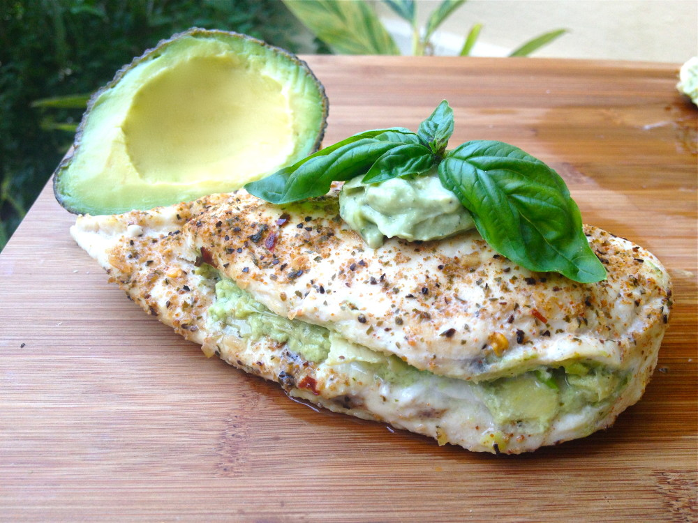 Healthy recipes with chicken and avocados