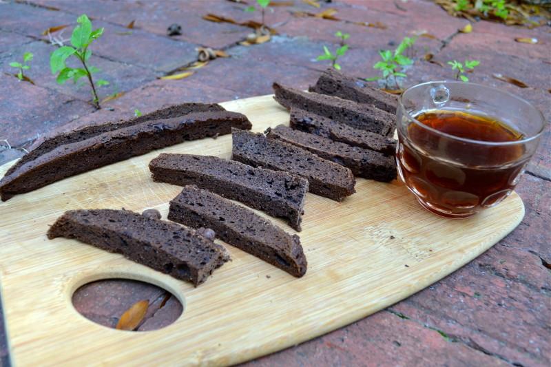 Chocolate Chip Espresso Biscottis