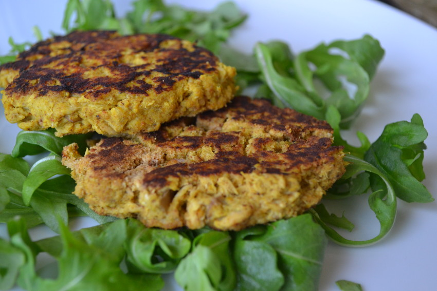Spiced Apple Tuna Burgers