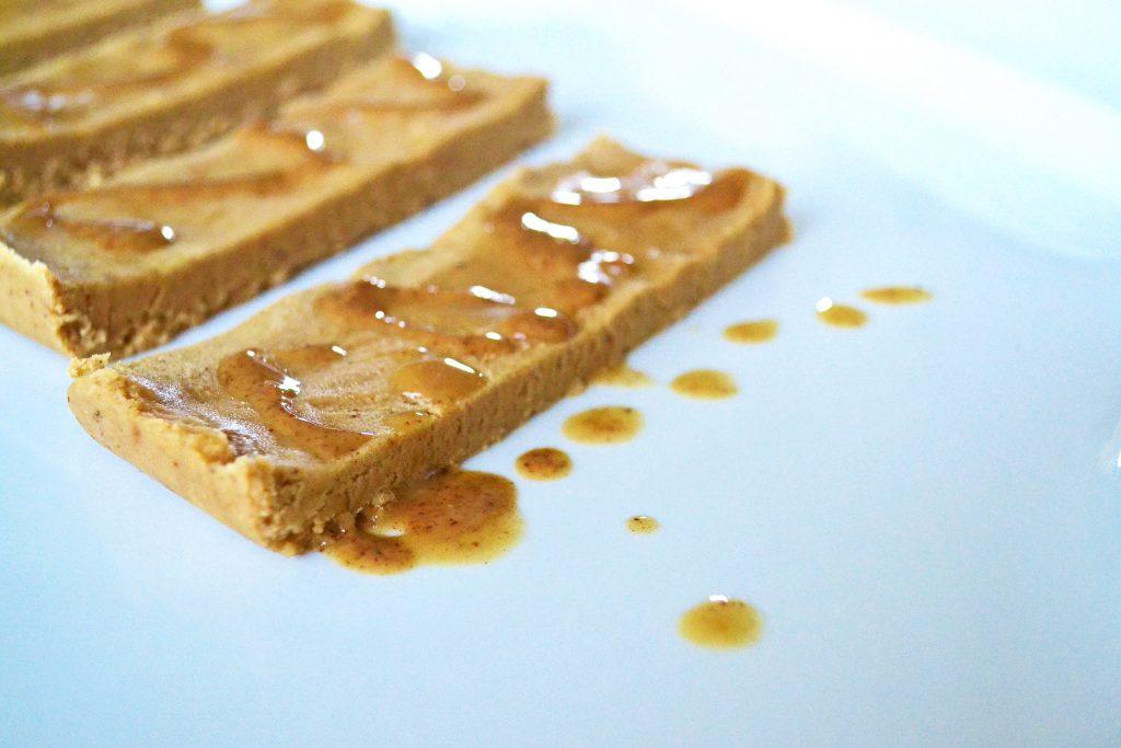 banana bread protein bars